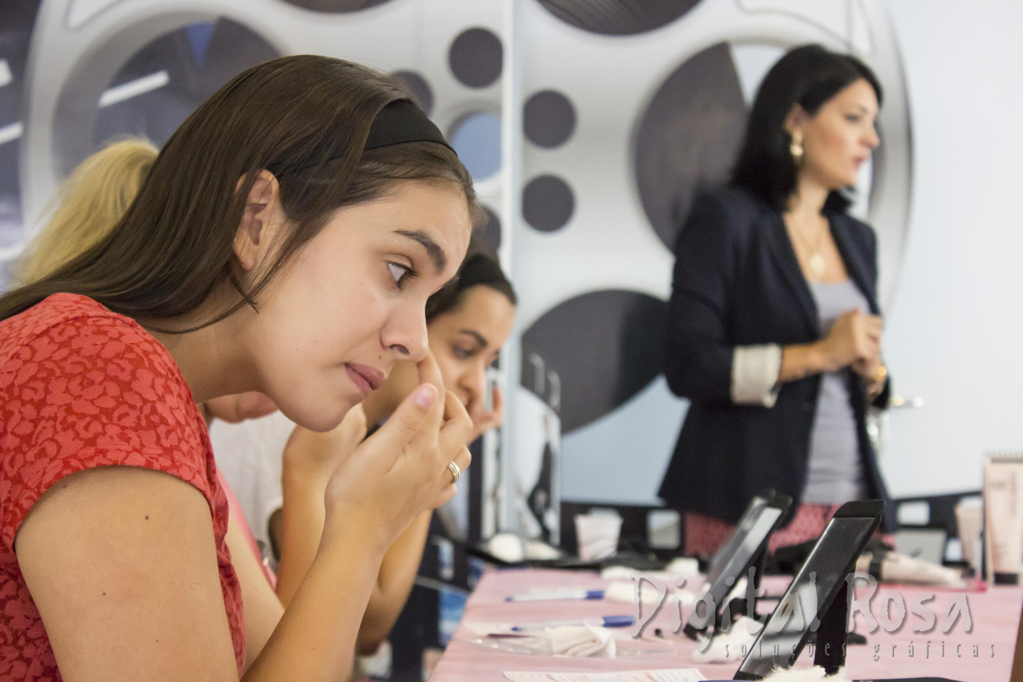 workshop de imagem pessoal e automaquiagem para o trabalho