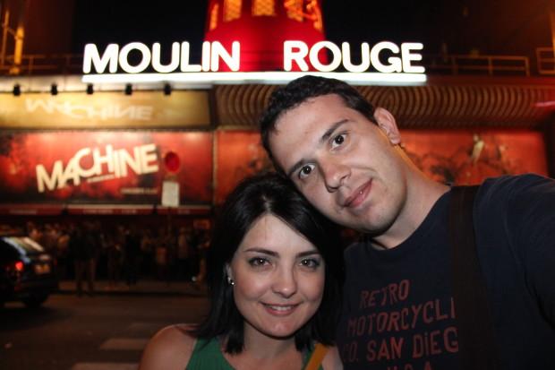 Moulin rouge montmartre paris