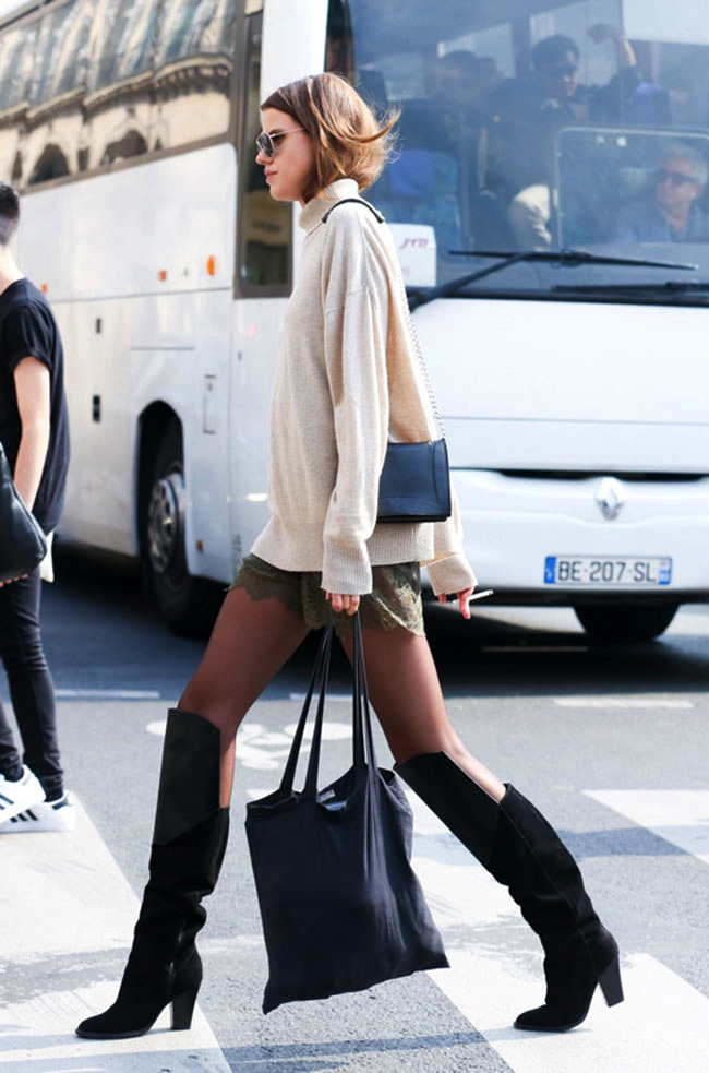 Le-Fashion-Blog-Paris-Street-Style-Turtleneck-Sweater-Lace-Shorts-Knee-High-Boots-Fall-Transition-Via-Elle